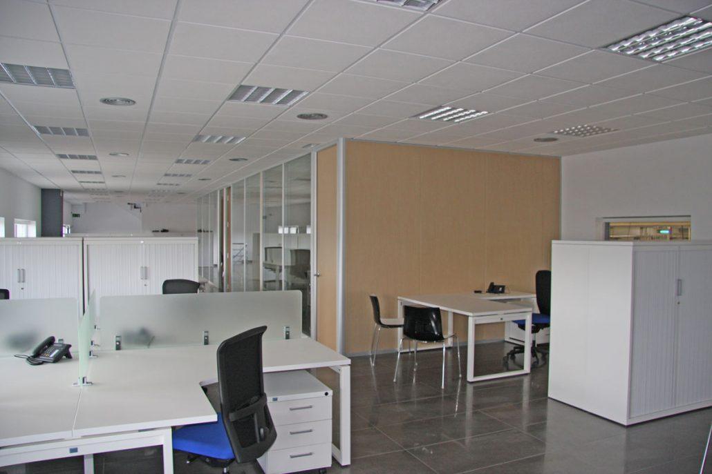 hall de entrada y oficinas valmam